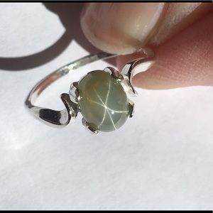 New Sterling Silver Green Star Sapphire Ring